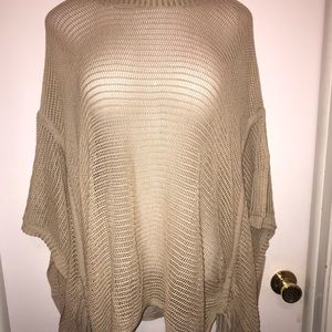 NWT tan tunic style over-piece. Size 3xl